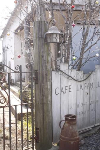 lafamille2.jpg